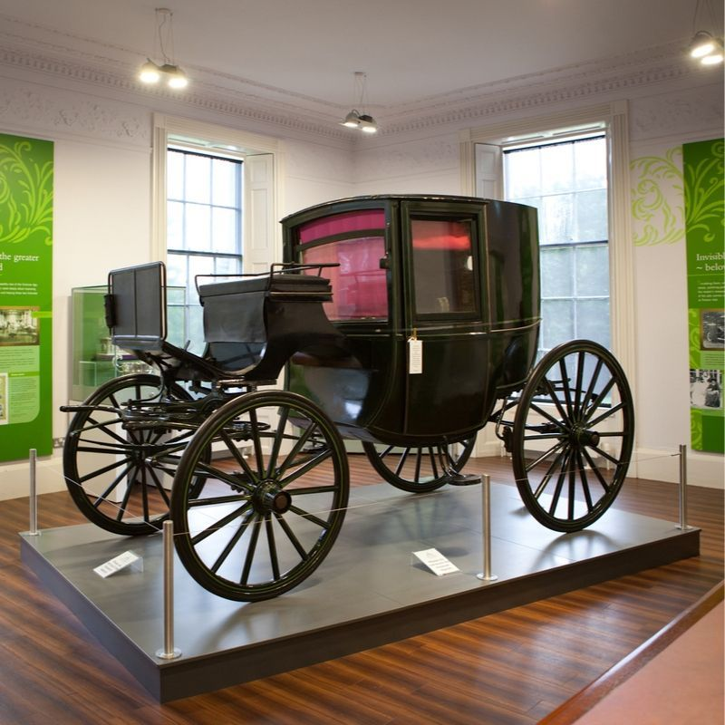 An image of a Victorian horse drawn carriage