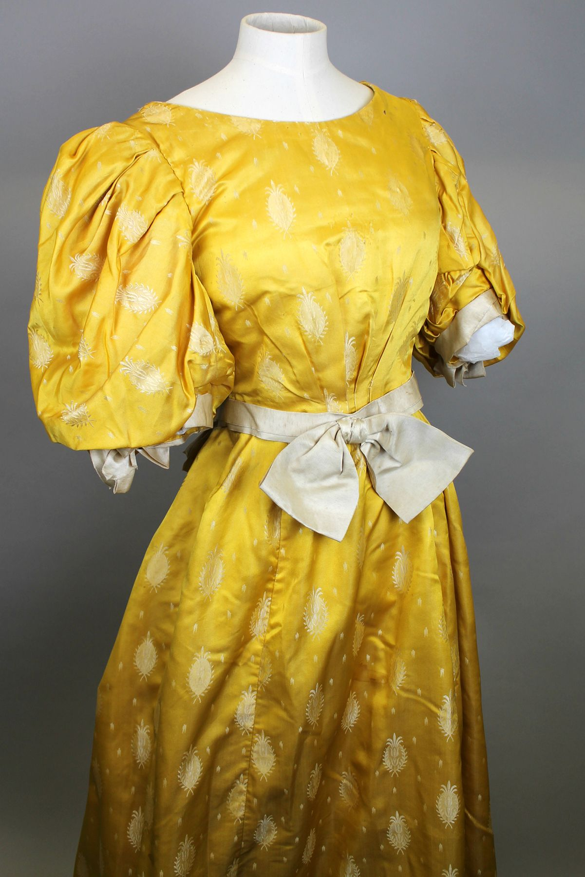 19th century Victorian dress