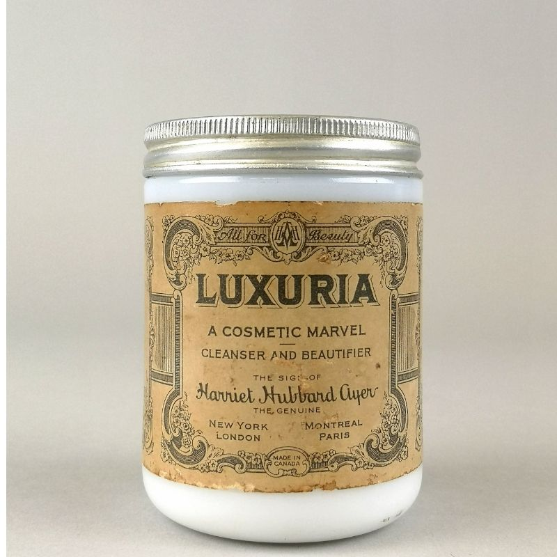 Harriet Hubbard Cosmetic Cleaner In A Jar